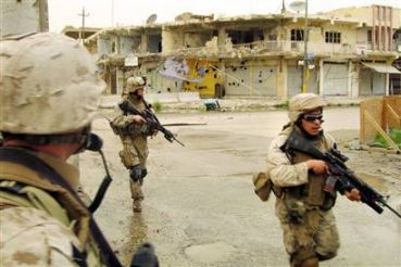 US Marines on patrol in Ar-Ramadi, 2006