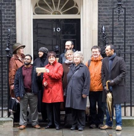Guantanamo petition at 10 Downing Street