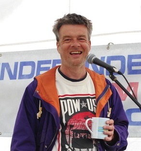 Andy Worthington speaking at RAF Menwith Hill at a CAAB (Campaign for the Accountability of American Bases) protest on July 4, 2013.