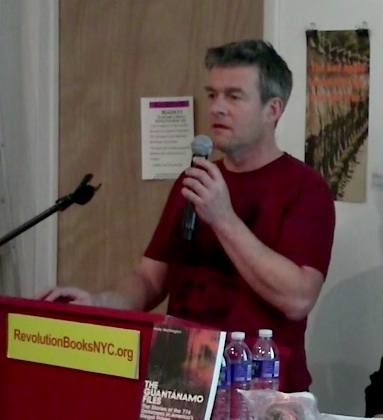 Andy Worthington speaking about the struggle to free Shaker Aamer from Guantanamo at Revolution Books in New York on January 14, 2016 (screenshot from the video of the event).
