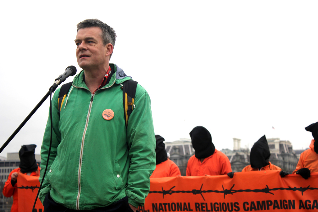 Andy Worthington calling for the closure of Guantanamo near the White House on January 11, 2013 (Photo: Palina Prasasouk).