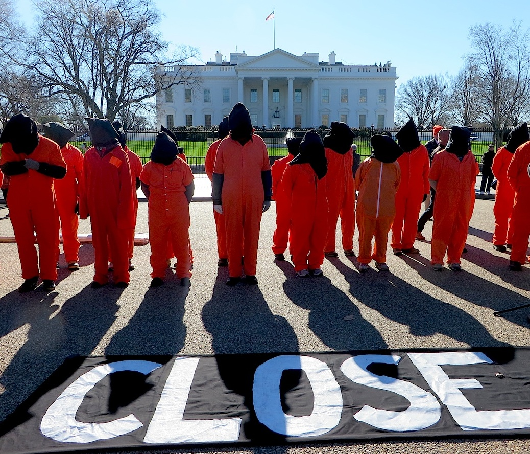 Campaigners with Witness Against Torture call for the closure of Guantanamo outside the White House on January 11, 2016, the 14th anniversary of the opening of the prison (Photo: Andy Worthington).