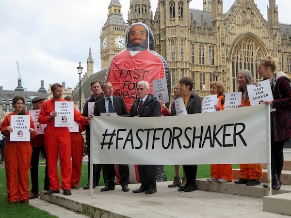 The Fast For Shaker launch in London, outside Parliament, on October 15, 2015 (Photo: Andy Worthington).