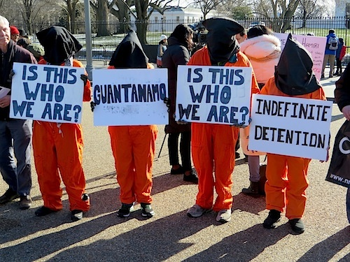 Campaigners calling for the closure of Guantanamo outside the White House on January 11, 2015, the 13th anniversary of the opening of the prison (Photo: Andy Worthington).