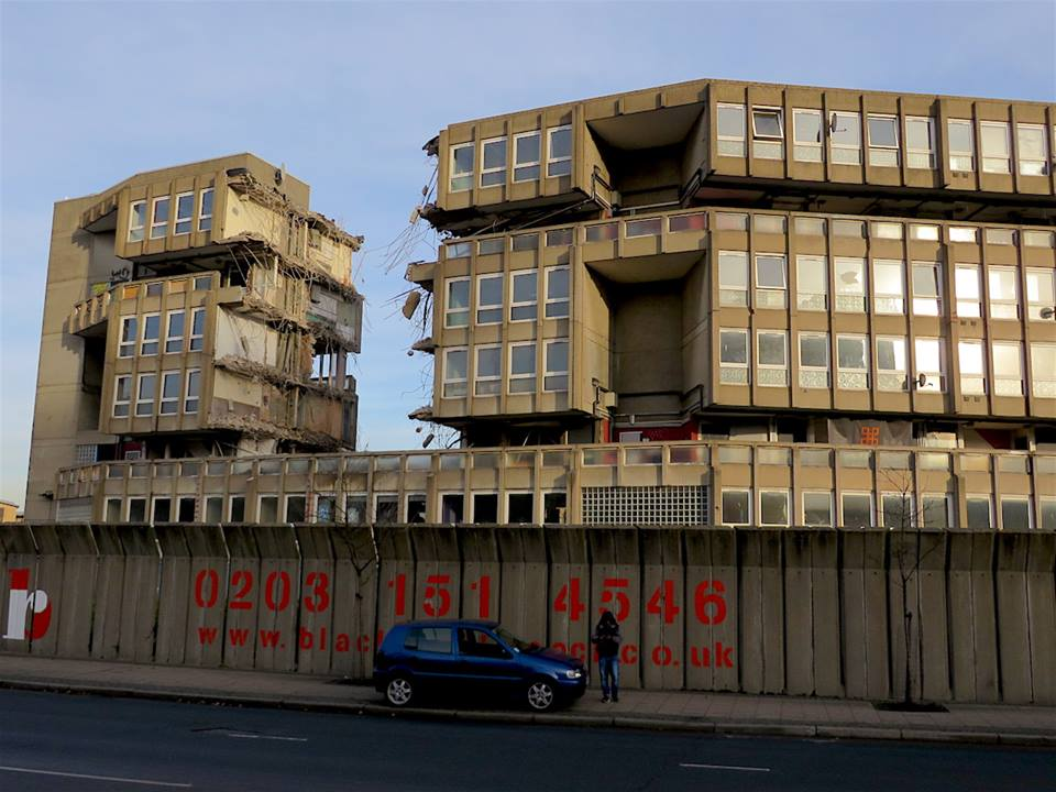 The destruction of Robin Hood Gardens Estate, in Poplar, east London, photographed on December 12, 2017 (Photo: Andy Worthington).