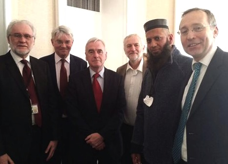 Members of the Shaker Aamer Parliamentary Group at a meeting in February 2015. From L to R:  MPs Mike Wood, Andrew Mitchell, John McDonnell (chair), Jeremy Corbyn and Andy Slaughter. Between Jeremy and Andy is Imam Suliman Gani, a teacher and broadcaster and a friend of the Aamer family.