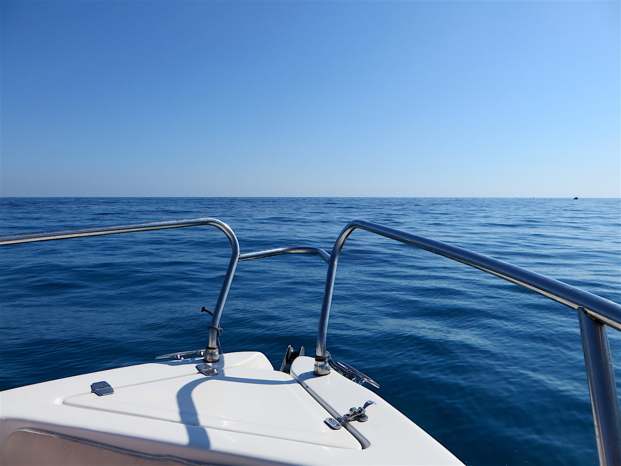 The Mediterranean Ocean off Sicily, photographed during a boat trip in August 2017 (Photo: Andy Worthington).