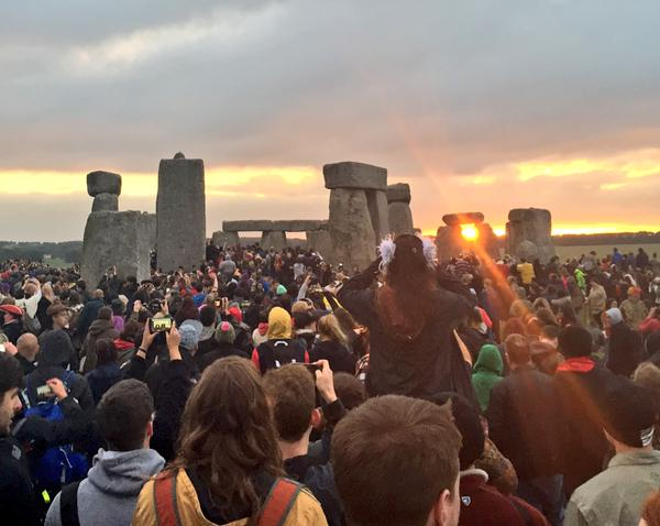 Sunrise at Stonehenge on the summer solstice 2015. Photo by English Heritage from their Twitter account.